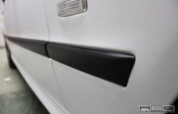 Оклейка автомобиля винилом BMW 5 (E39)