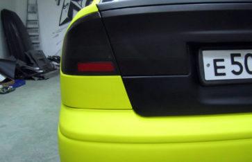 Оклейка пленкой Subaru B4 (Пчёла). Желтый тактильный мат.