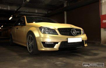 Золотой карбон на авто. Re-styling Москва.