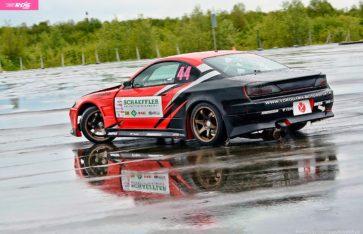 Боевые Nissan Silvia и Toyota Chaser для команды Yokohama Motorsport