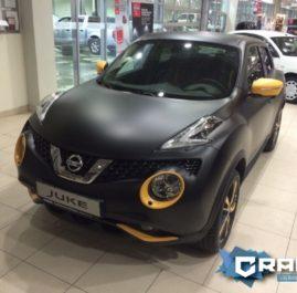 Оклейка Nissan Juke «Black Teflon»