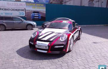 Яркий Porsche 911 «Tech Art»