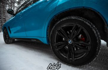 BMW X6m 5.0d Avery Bahama Blue Pearl