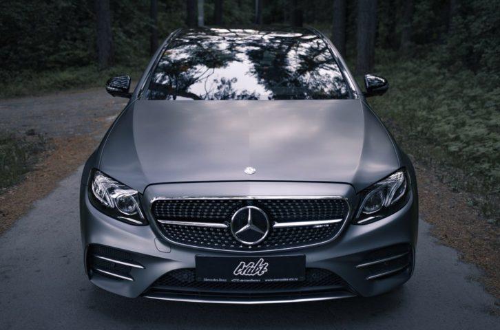 Mercedes-Benz E43 AMG (W213) оклейка в матовый полиуретан