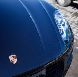 Porsche Macan оклейка фронтальной части полиуретановой пленкой + Керамическое покрытие Ceramic Pro