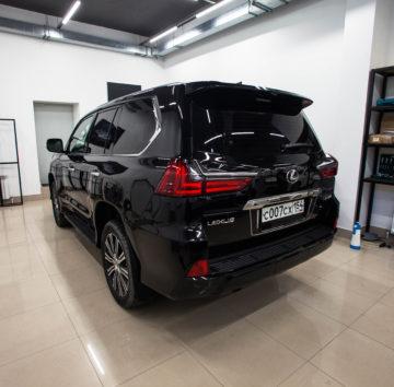 «Lexus 570» защита кузова полиуретановой пленкой