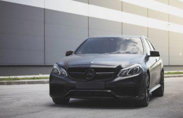 Mercedes-Benz E-class оклейка пленкой черный сатин
