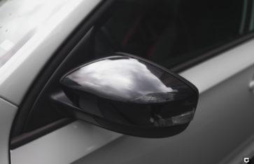 Skoda Rapid «Частичная оклейка в полиуретан + черный глянец»