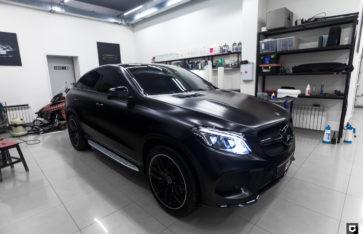 Mercedes-Benz GLE «Оклейка в Black Satin»