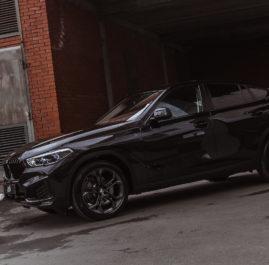 BMW X6 «Комплекс по полировке и нанесению керамики + оклейка в прозрачный полиуретан»