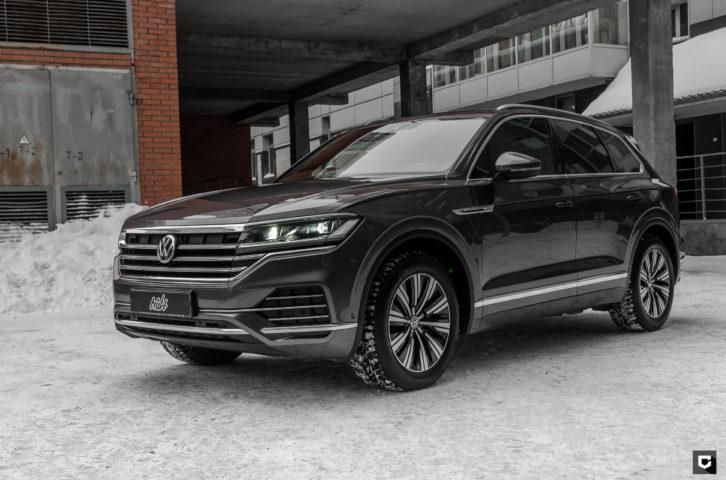 Volkswagen Touareg «Комплекс по полировке и нанесению керамики»