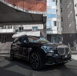 BMW X7 «Комплекс по полировке и нанесению керамики + оклейка фронтальной части в полиуретан»