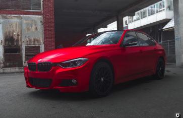 BMW 3-Series «Оклейка в красный матовый хром»