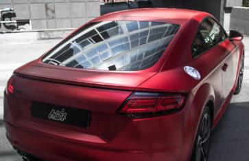 Audi TT (Полная оклейка в пленку с эффектом матового хрома)