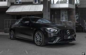 Mercedes-Benz E53 AMG (Полная оклейка в матовый полиуретан)